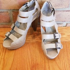 G by Guess strappy platform heels 9.5